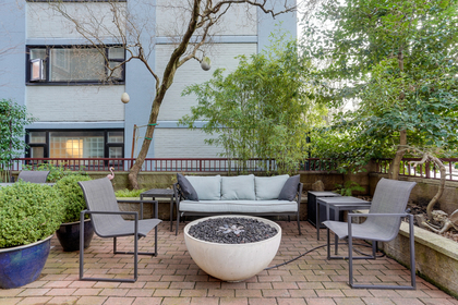 12 at 102 - 888 Bute Street, Coal Harbour, Vancouver West