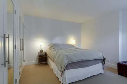 16 at 102 - 888 Bute Street, Coal Harbour, Vancouver West