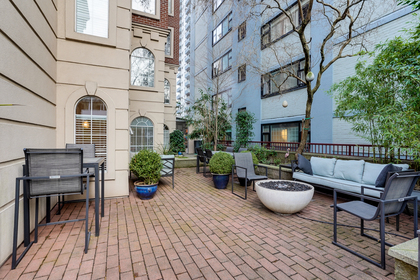 8 at 102 - 888 Bute Street, Coal Harbour, Vancouver West