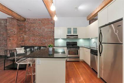 262529617-11 at 306 - 310 Water Street, Downtown VE, Vancouver East