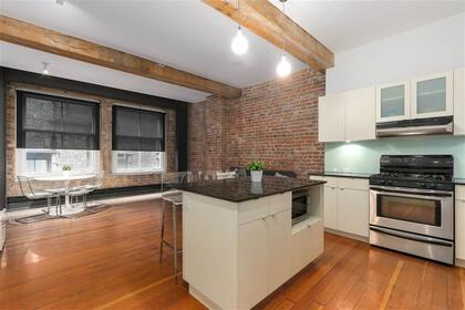 262529617-3 at 306 - 310 Water Street, Downtown VE, Vancouver East