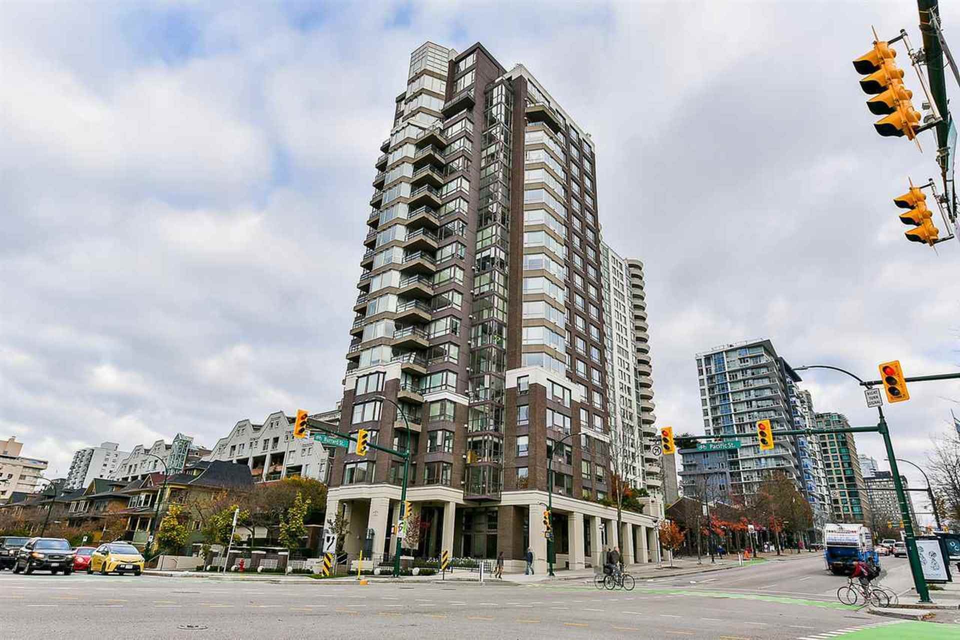501 - 1003 Pacific Street, West End VW, Vancouver West