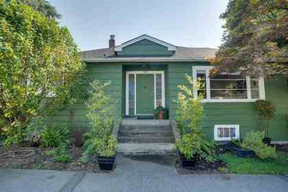3596-w-32nd-avenue-dunbar-vancouver-west-02 at 3596 W 32nd Avenue, Dunbar, Vancouver West