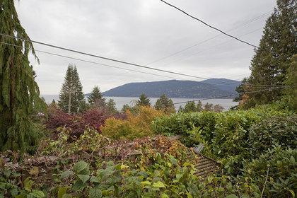 229f77bc0363f46dafb2618e3f33d061 at 6280 Wellington Avenue, Horseshoe Bay WV, West Vancouver