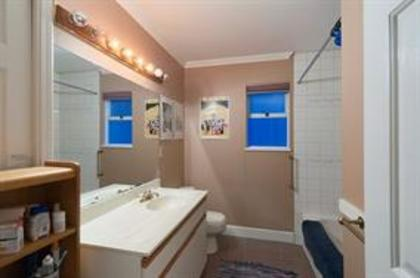 3bf17e1b274f95a1b11508c09c27de9a at 2029 West 16th Avenue, Kitsilano, Vancouver West
