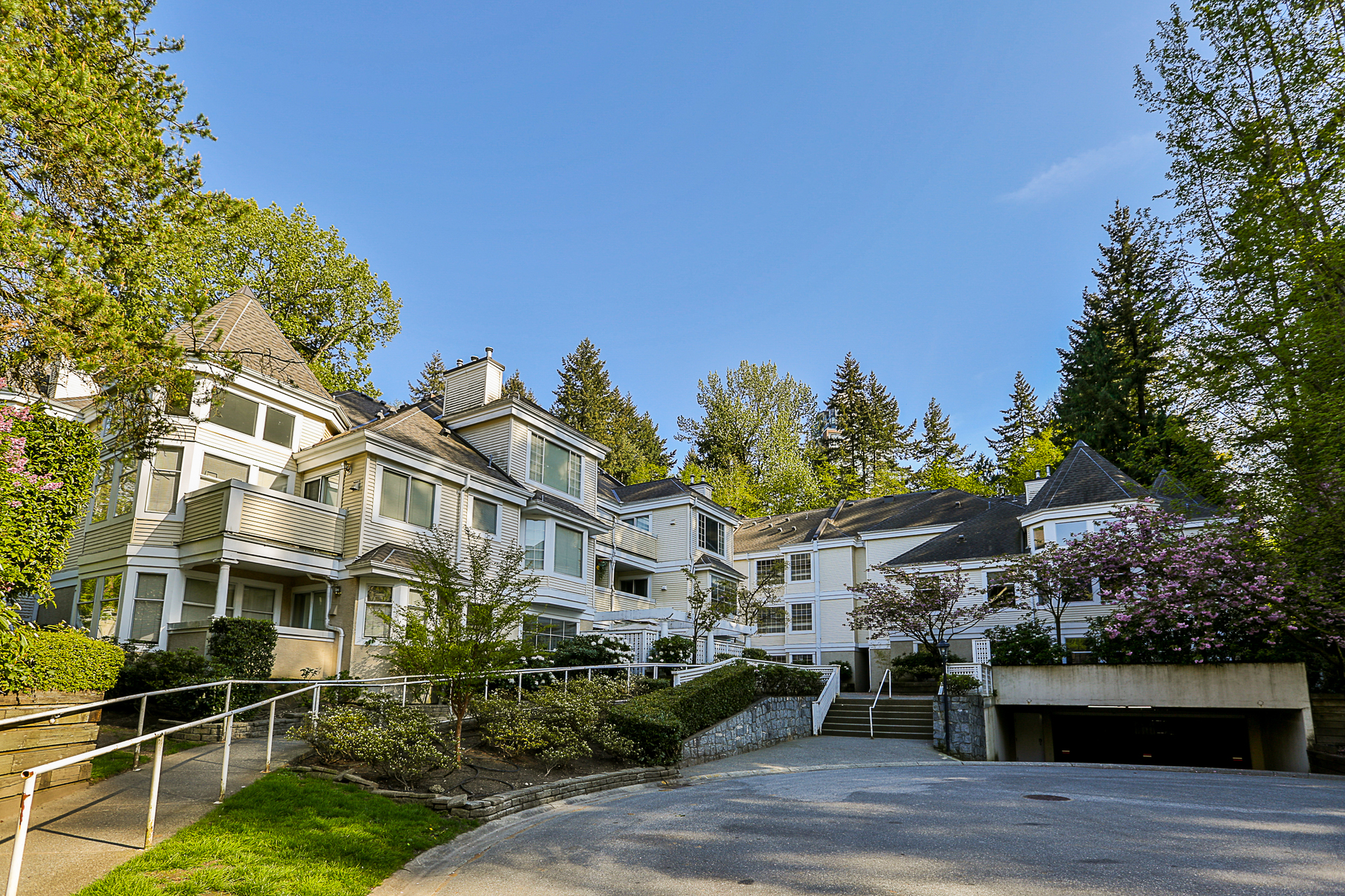 306 - 6860 Rumble Street, South Slope, Burnaby South 2