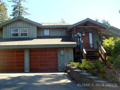 Photo 3 at 861 Barclay Place, Ucluelet, Port Alberni and West Coast