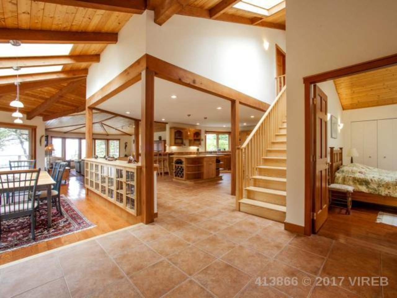 Photo 5 at 861 Barclay Place, Ucluelet, Port Alberni and West Coast