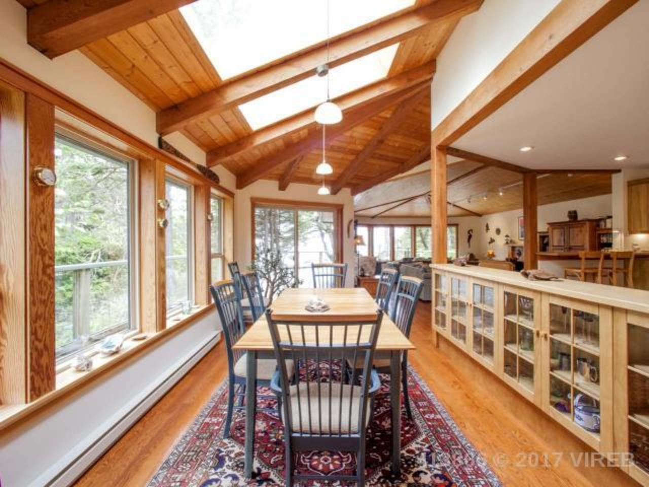 Photo 6 at 861 Barclay Place, Ucluelet, Port Alberni and West Coast
