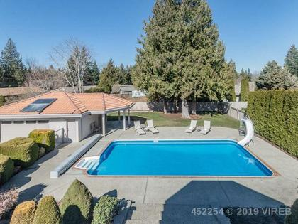 Photo 2 at 714 Canyon Crescent Road, Qualicum Beach, Oceanside