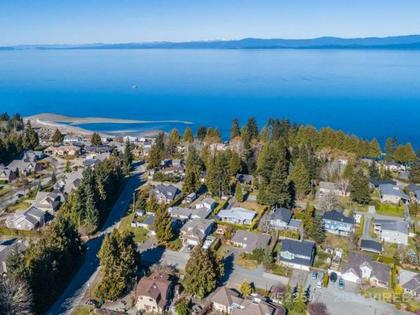 Photo 65 at 714 Canyon Crescent Road, Qualicum Beach, Oceanside