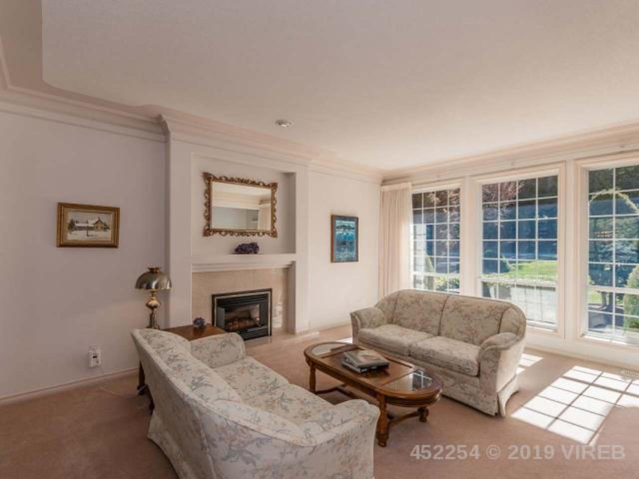 Oceanside photo 26 at 714 canyon crescent road qualicum beach