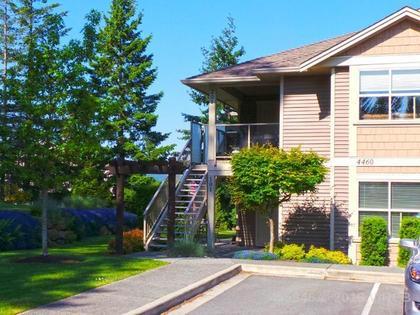 Photo 2 at 201 - 4460 Hedgestone Place, Uplands, Nanaimo