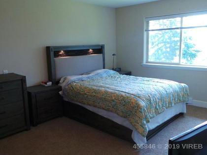 Photo 8 at 201 - 4460 Hedgestone Place, Uplands, Nanaimo