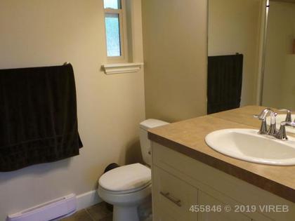 Photo 10 at 201 - 4460 Hedgestone Place, Uplands, Nanaimo