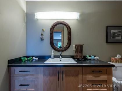 Photo 6 at 2284 Bayview Drive, Port McNeill, North Island