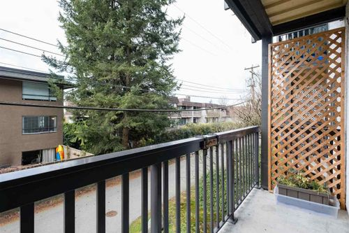211-w-3rd-street-lower-lonsdale-north-vancouver-19 at 103 - 211 W 3rd Street, Lower Lonsdale, North Vancouver
