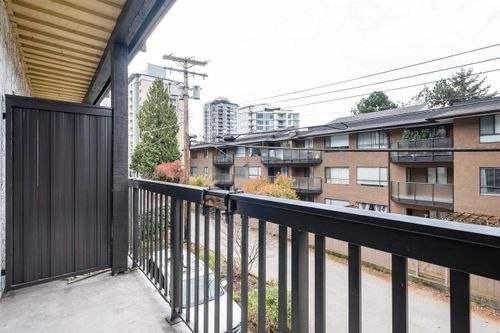 211-w-3rd-street-lower-lonsdale-north-vancouver-20 at 103 - 211 W 3rd Street, Lower Lonsdale, North Vancouver