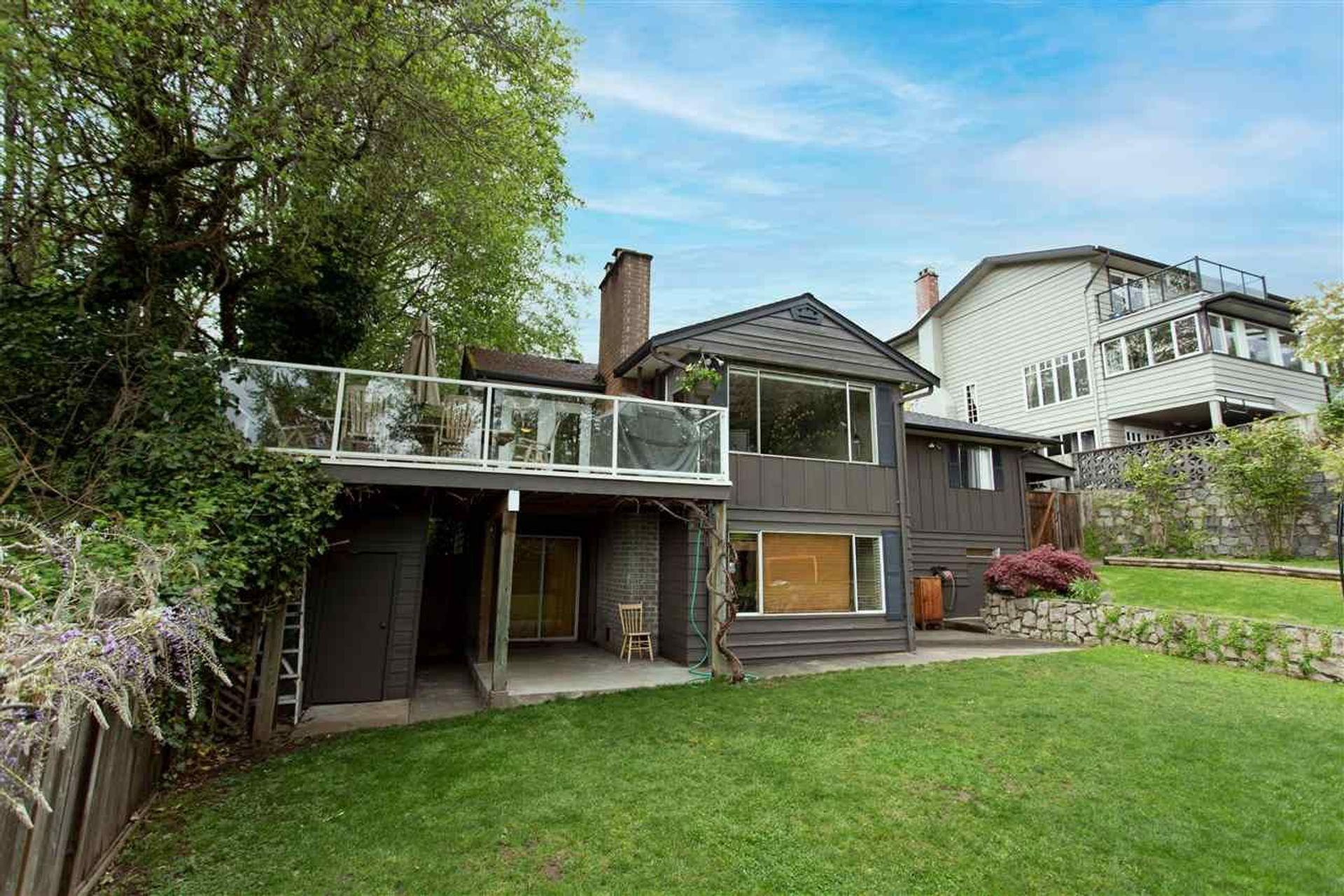 345 W Braemar Road, Upper Lonsdale, North Vancouver
