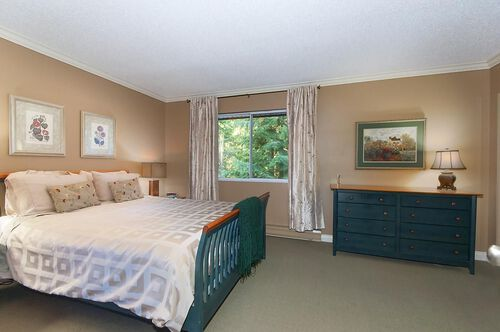 0d1859dfd9c0eb044a9c668f78292696 at 1515 Jubilee Court, Indian River, North Vancouver