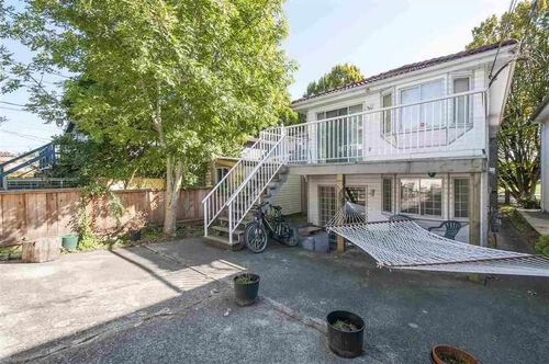 4c977489bc432766293b19e11c66860f at 855 Prior Street, Mount Pleasant VE, Vancouver East