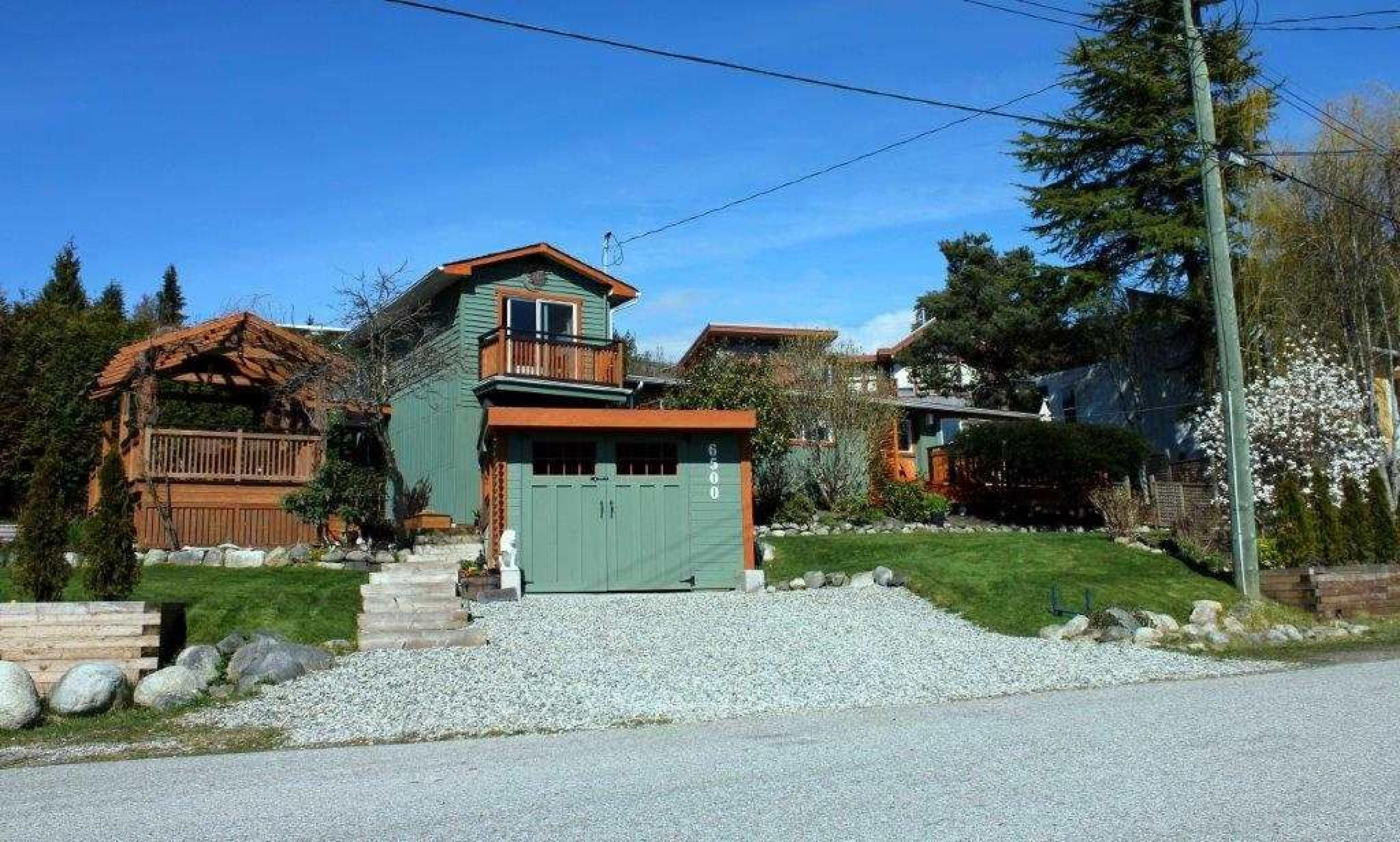 6500 Lynnwood Court, Sechelt District, Sunshine Coast