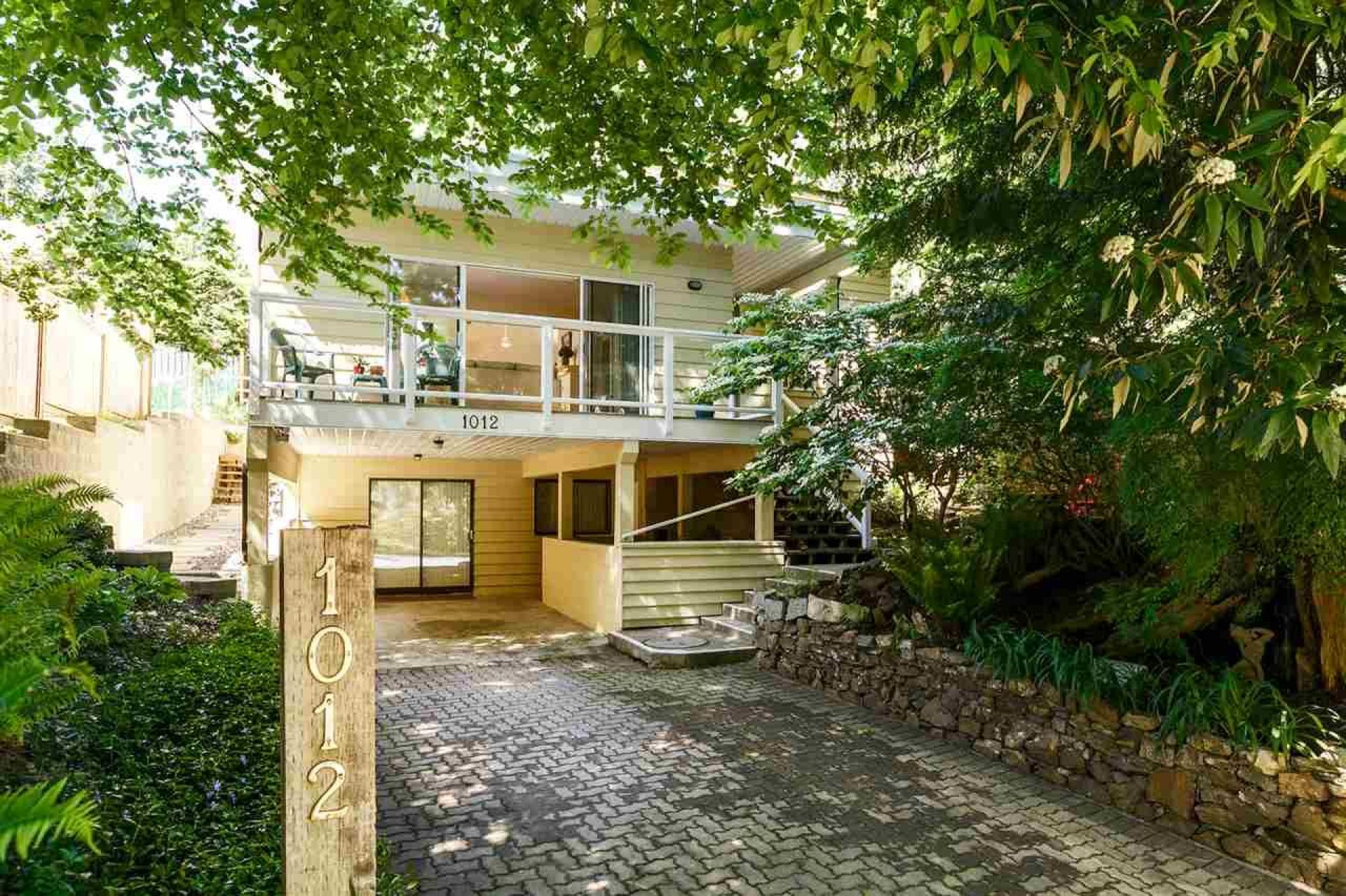 1012 Frederick Road, Lynn Valley, North Vancouver