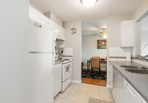 b19b8f7b270a53b8b7f9c6a1ecfde3f3 at 305 - 3768 Hastings Street, Willingdon Heights, Burnaby North