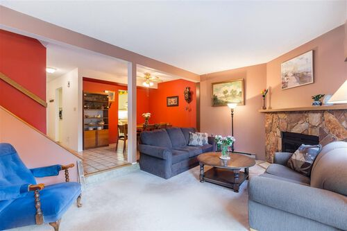 25cf98ee1955149299cad8f0d7d21954 at 2627 Fromme Road, Lynn Valley, North Vancouver