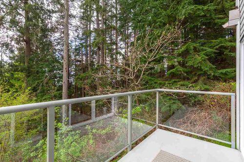 86672900504c96c27d4e7a72bb4b67fa at 1235 Mill Street, Lynn Valley, North Vancouver