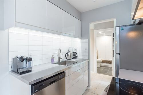 a92741830a30f4e90c13d3f9281ff98d at 301 - 241 St. Andrews Avenue, Lower Lonsdale, North Vancouver