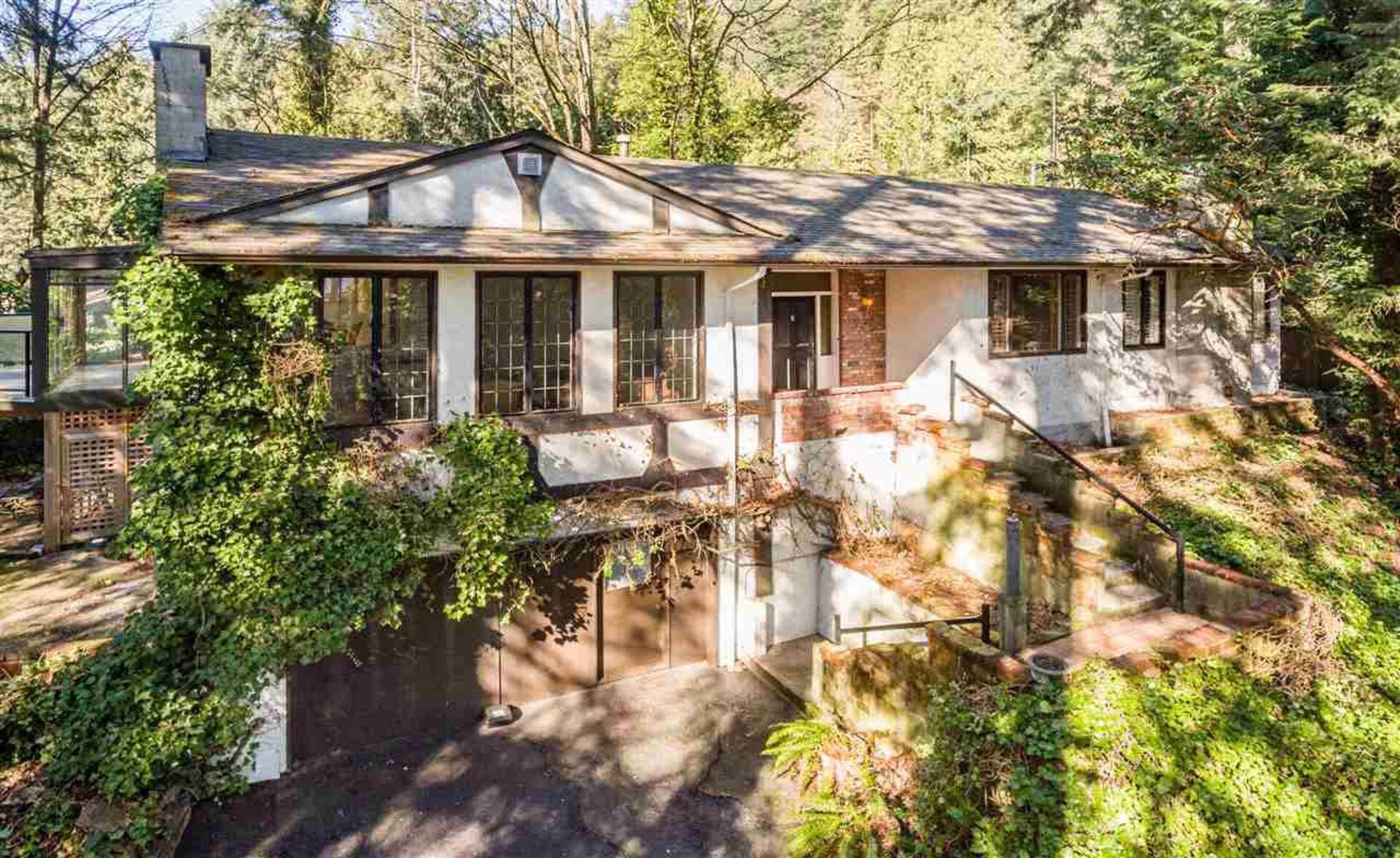 3837 Bayridge Avenue, Bayridge, West Vancouver photo number 1