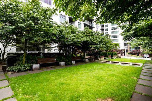 6c463722b7c7abd78a2c725a1ae3211b at 306 - 158 W 13th Street, Central Lonsdale, North Vancouver