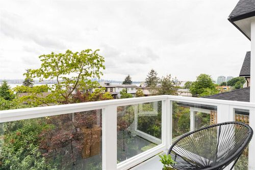 8fa776f2763d869813780d26d935e568 at 444 E 2nd Street, Lower Lonsdale, North Vancouver