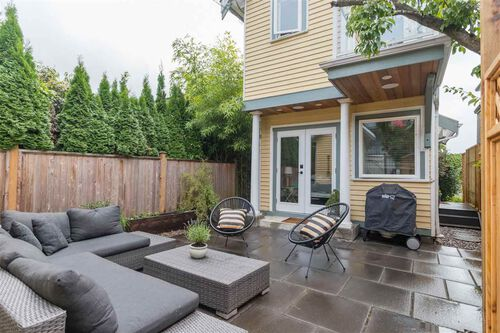 eed9395f880e7ddc8197415f156580e4 at 444 E 2nd Street, Lower Lonsdale, North Vancouver