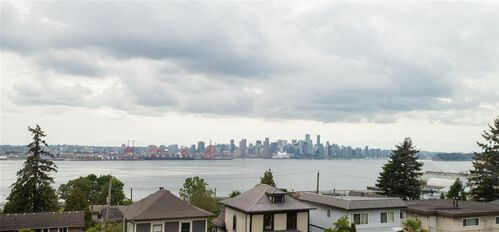 dc9f818d3a80ae4a3a1ac4b70e35abc0 at 442 E 2nd Street, Lower Lonsdale, North Vancouver