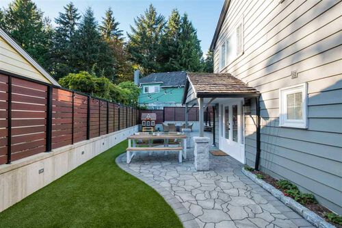 959b7c9bb87c3bbdd29cc869b367f696 at 492 Silverdale Place, Upper Lonsdale, North Vancouver