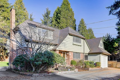 c712113-49 at 1195 Sutton Place, British Properties, West Vancouver