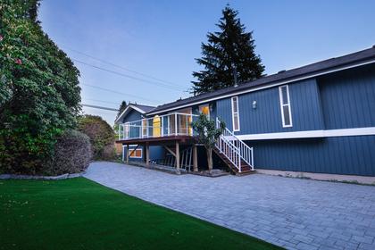 backyard_001 at 997 Cross Creek Road, British Properties, West Vancouver