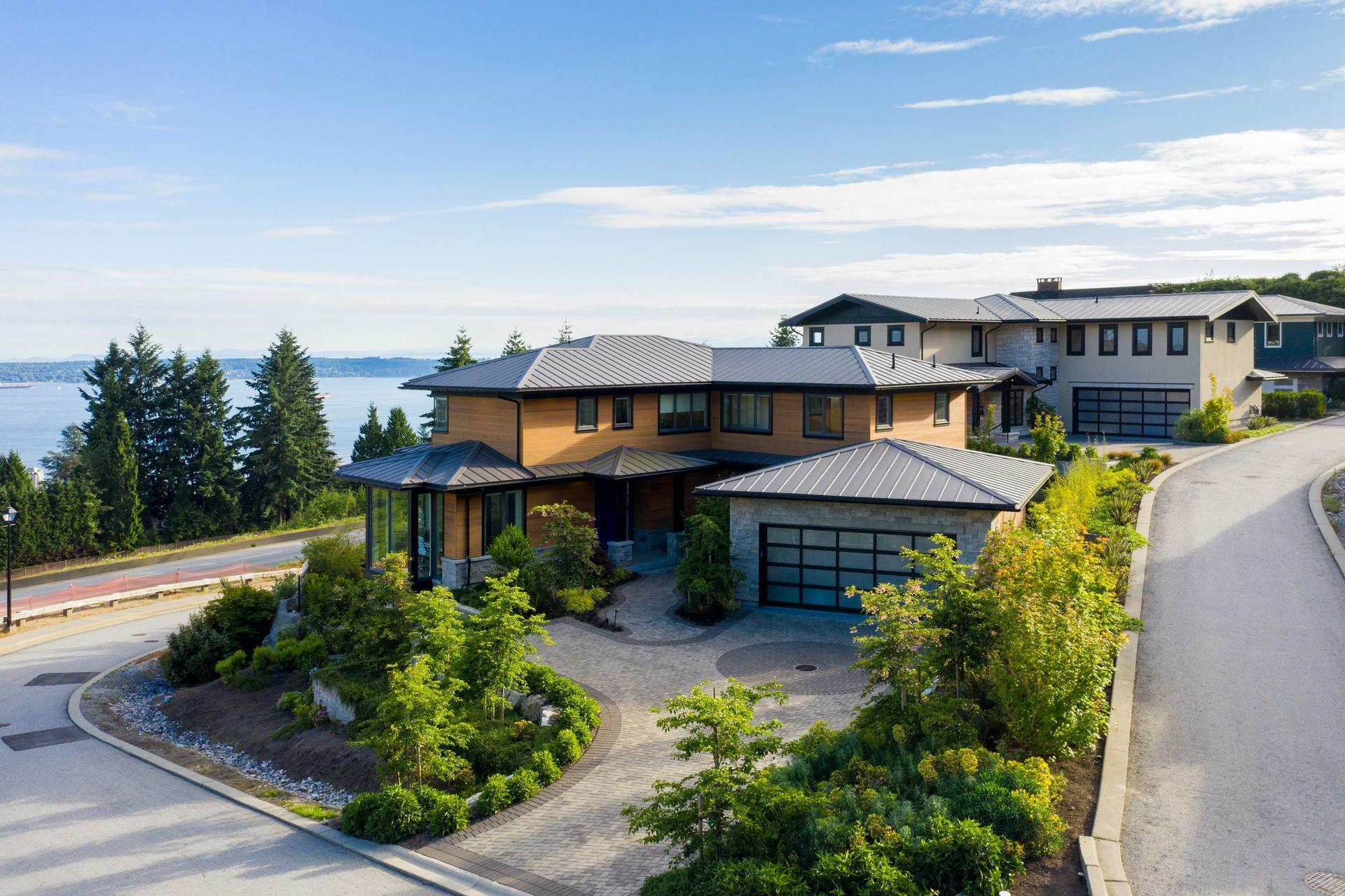 2121 Union Court, Panorama Village, West Vancouver