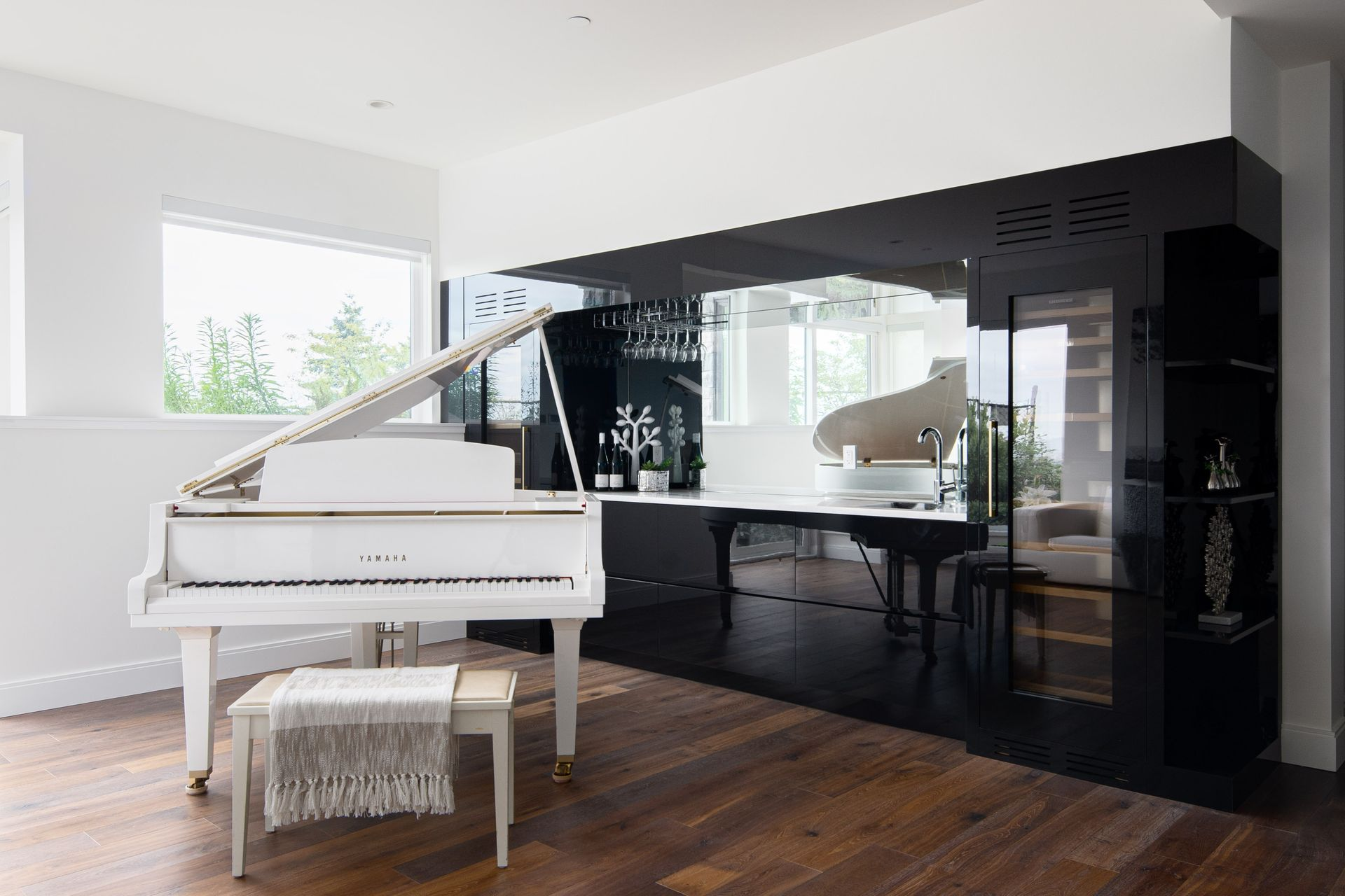 union-crt-2121-west-vancouver-tandy-gao-staging-27 at 2121 Union Court, Panorama Village, West Vancouver