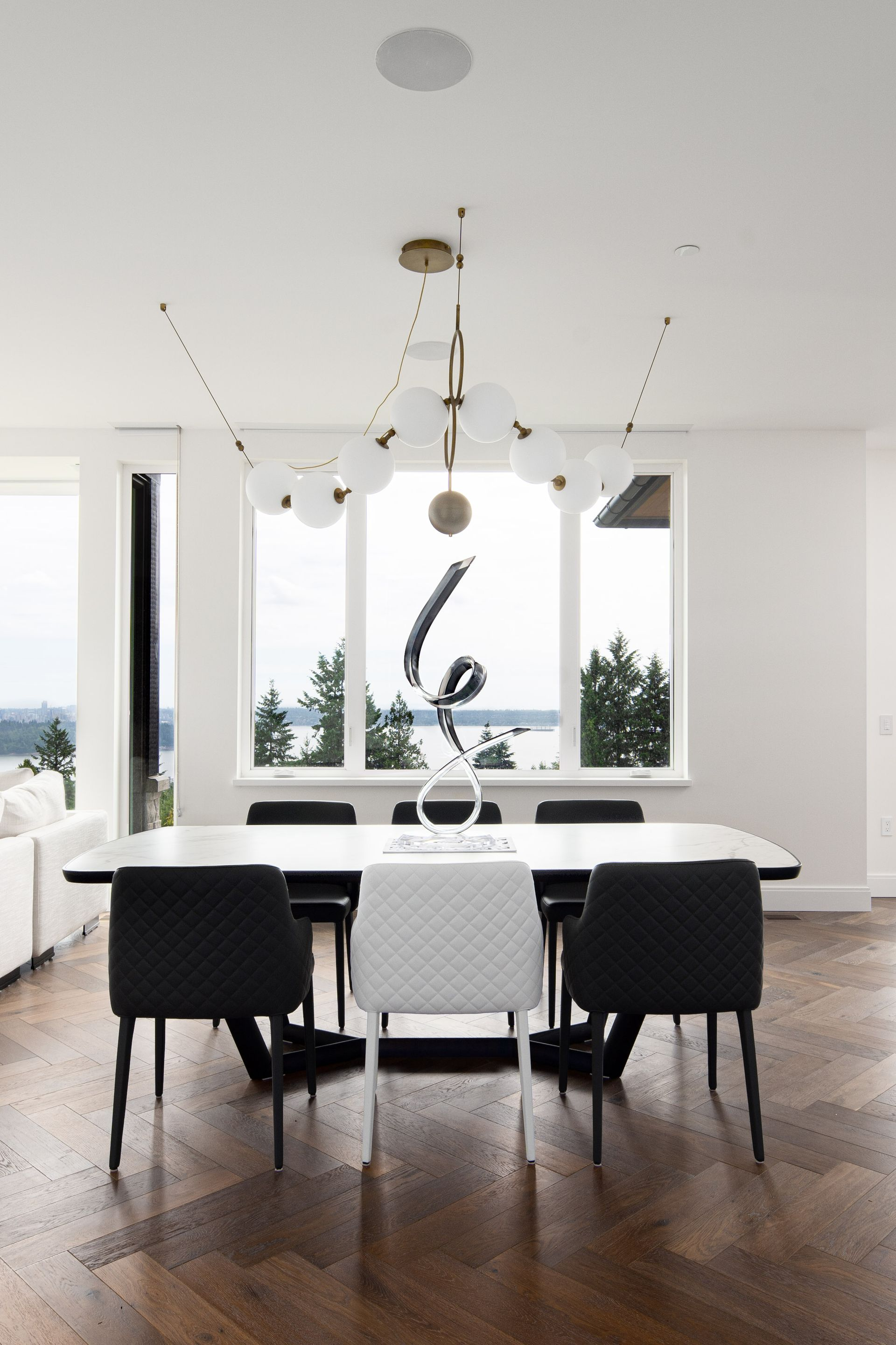 union-crt-2121-west-vancouver-tandy-gao-staging-9 at 2121 Union Court, Panorama Village, West Vancouver
