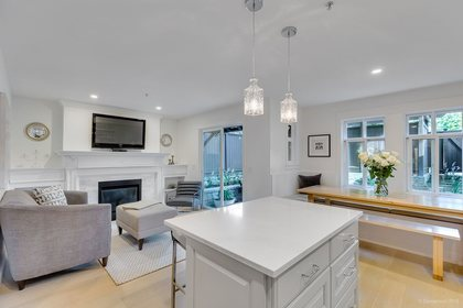 262304297-5 at 6 - 3036 W 4th Street, Kitsilano, Vancouver West