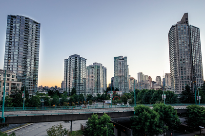 view_001 at 586 - 87 Nelson Street, Yaletown, Vancouver West