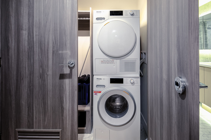 washer_001 at 586 - 87 Nelson Street, Yaletown, Vancouver West