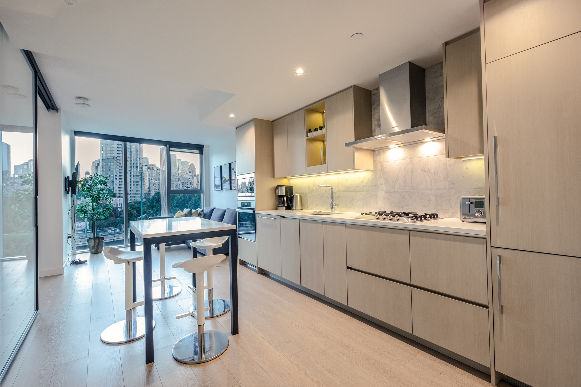 586 - 87 Nelson Street, Yaletown, Vancouver West 2