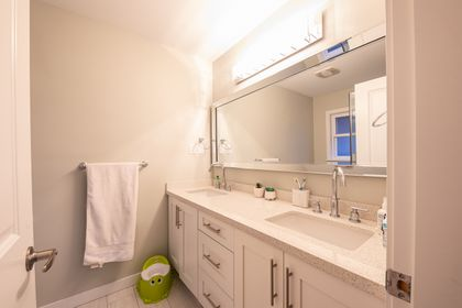 bathroom_002-3 at 1145 Lawson Avenue, Ambleside, West Vancouver