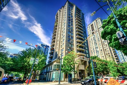 exterior_003 at TH8 - 989 Richards Street, Downtown VW, Vancouver West