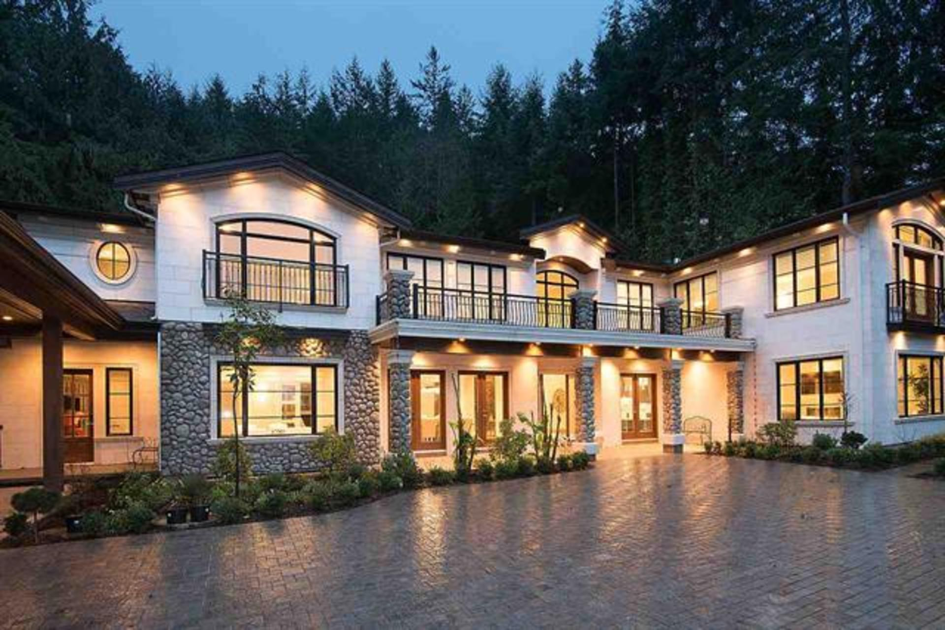 262048596-1 at 4560 Woodgreen Drive, Cypress Park Estates, West Vancouver