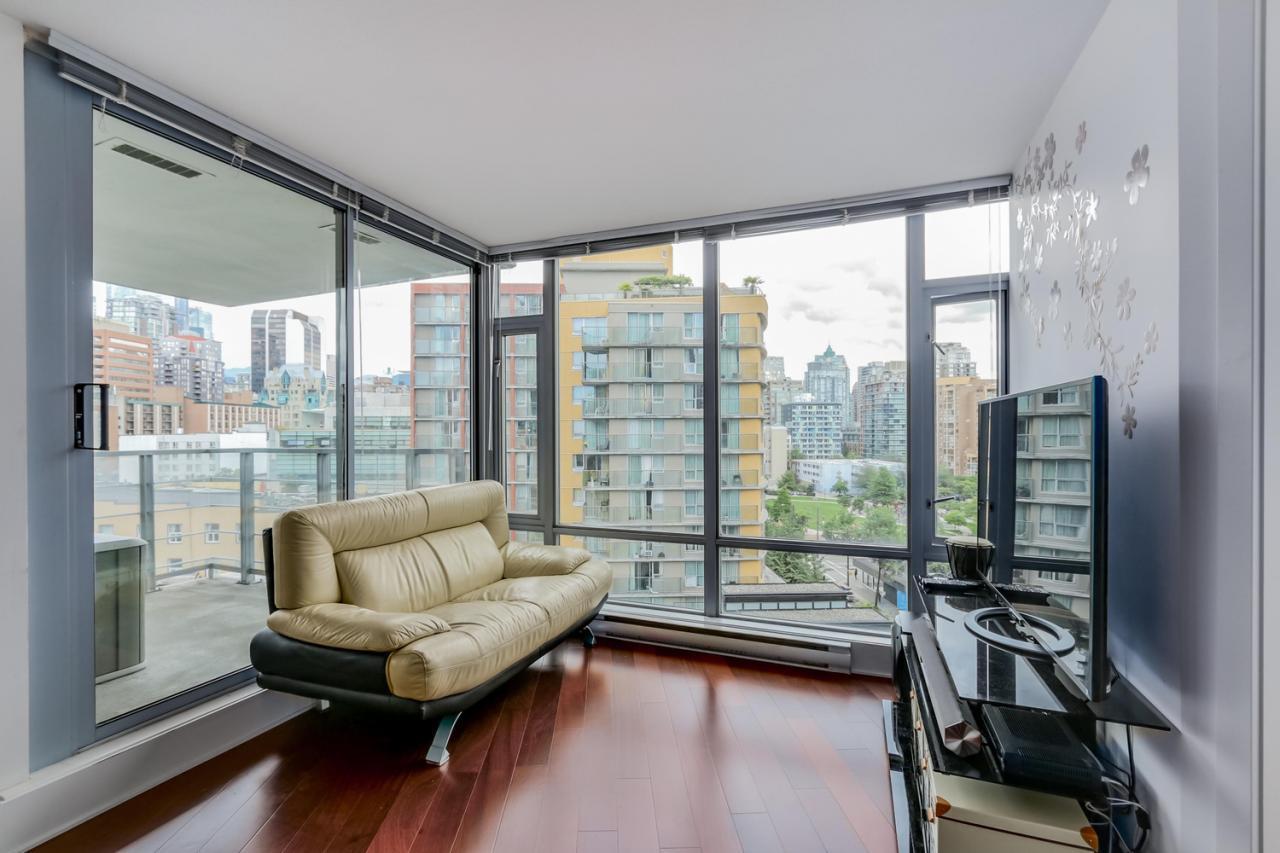 The Elan - 908-1255 Seymour - Living room at 908 - 1255 Seymour Street,